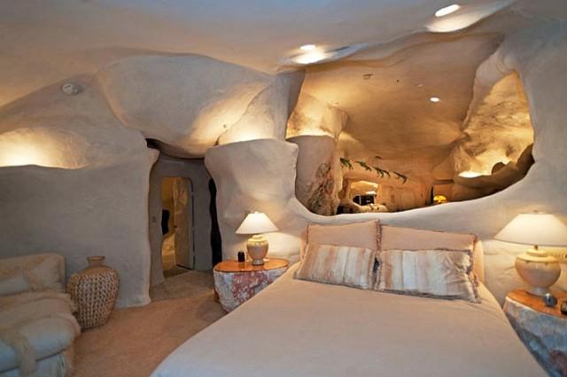 Az igazi Flintstones ház a Californiai Malibuban