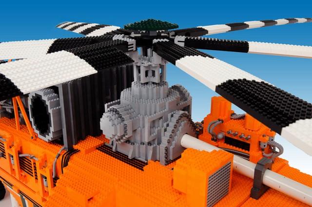 LEGO - Erickson Air-Crane Elvis helikopter 3